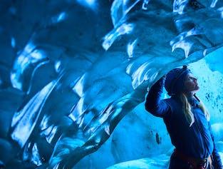 Błękitna jaskinia lodowa i wędrówka po lodowcu w Skaftafell