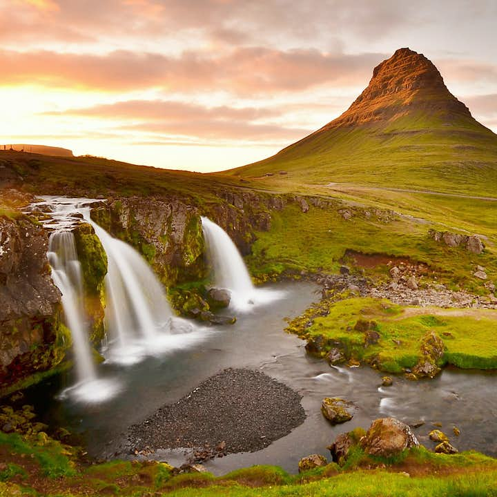 Kirkjufell mountain, onneothern Snæfellsnes peninsula, is the most photographed mountain in the country.