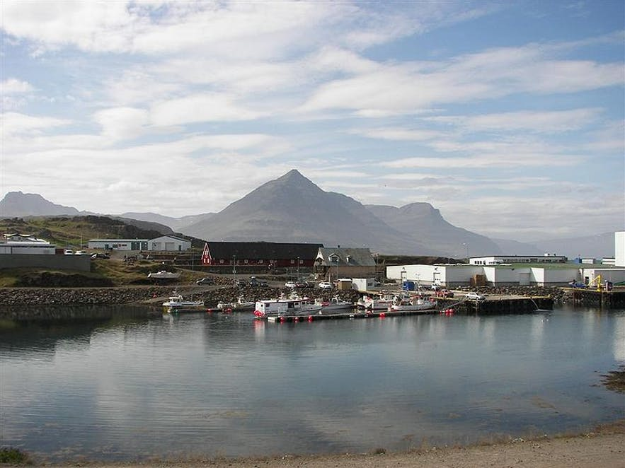 Djúpivogur is a beautiful town with a picturesque harbour in east Iceland.