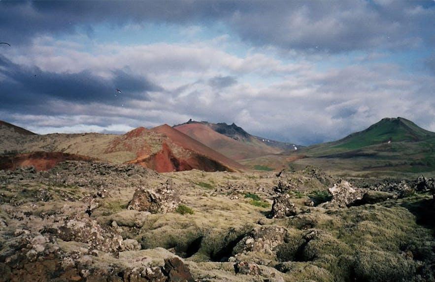 冰岛西部斯奈山半岛的Beserkjahraun熔岩原与冰岛萨迦传说有着不解的渊源