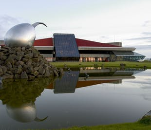 Traslado privado de lujo desde el Aeropuerto de Keflavík a Reikiavik