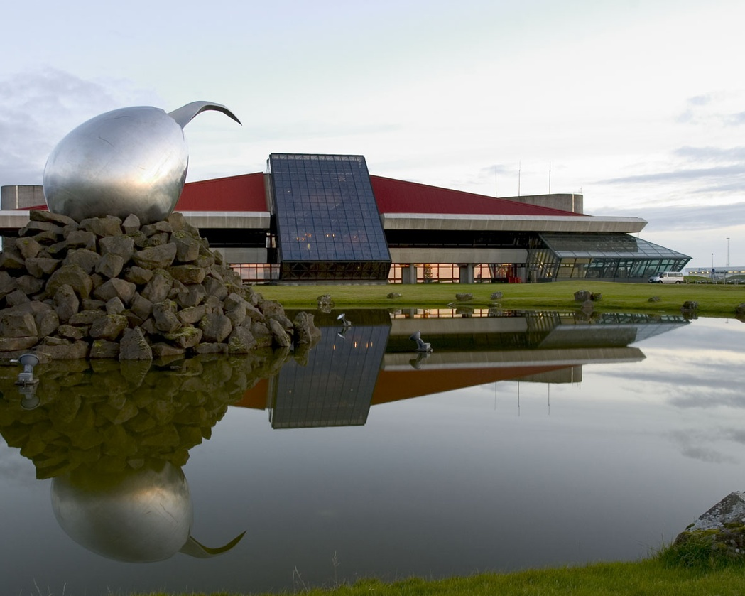 L'Aeroporto Leifur Eiríksson a Keflavík è l'aeroporto principale d'Islanda.