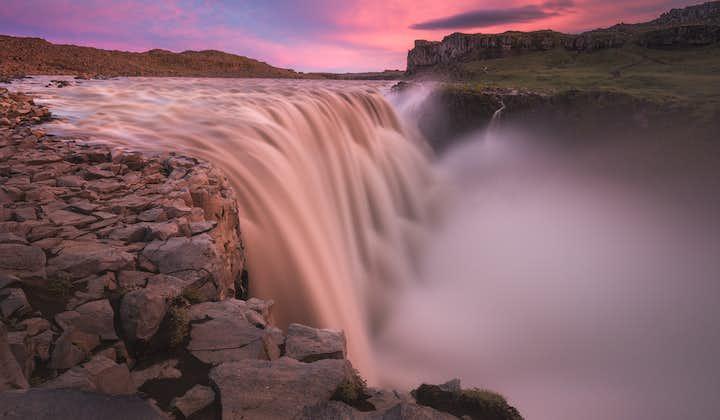 Tour guiado de 8 días en verano   Alrededor de Islandia y Snaefellsnes en grupo pequeño