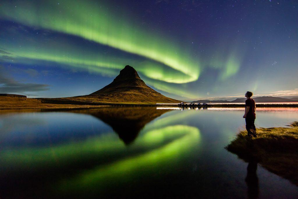 Prywatne i spersonalizowane 3-godzinne polowanie na zorzę polarną z transferem z Reykjaviku