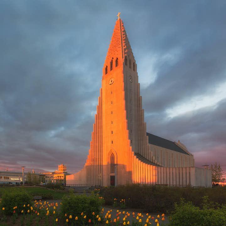 哈尔格林姆斯大教堂(Hallgrímskirkja)是冰岛首都的地标之一