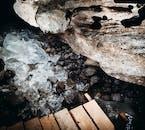การรวมตัวที่สวยงามสามารถหาได้ที่ธารน้ำแข็งลางโจกุล