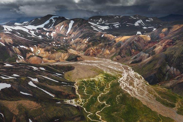 Veiðivötn sind eine Reihe von Seen im isländischen Hochland