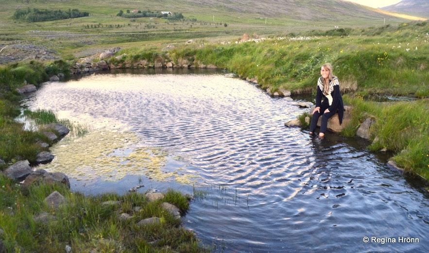 Regína by Englandshver West-Iceland