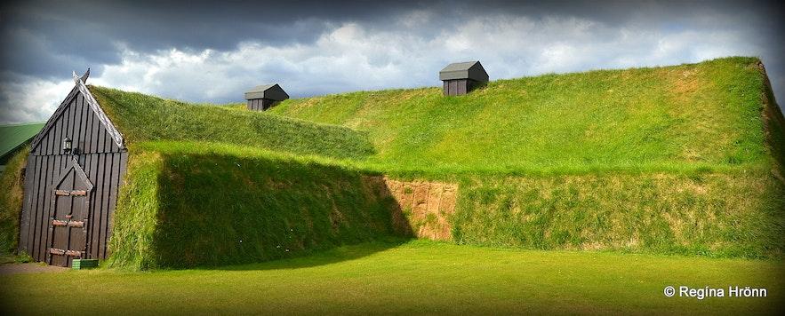 Ingólfsskáli longhouse in South-Iceland