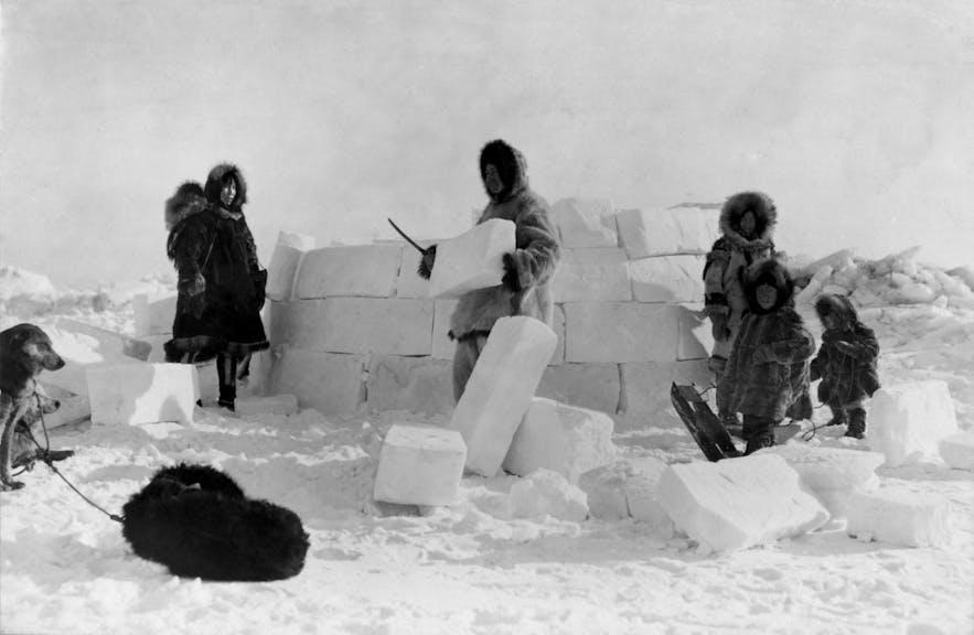 冰屋Igloo可是爱斯基摩人的专利,冰岛人并不住在冰屋