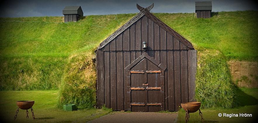 Ingólfsskáli Longhouse - a Viking restaurant