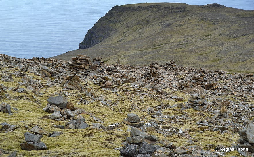The old Tradition of creating Stone Cairns in Iceland - please don't