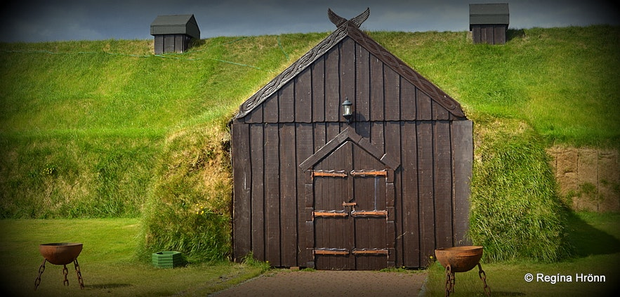 Ingólfsskáli, replica of a turf longhouse in South-Iceland