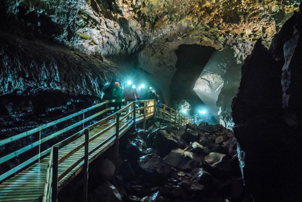ヴィズゲルミル洞窟内の様子