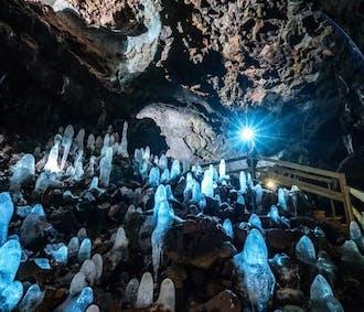 2-tägige Snaefellsnes-Tour | Höhlen-Tour, Kirkjufell & Krauma-Geothermalbad