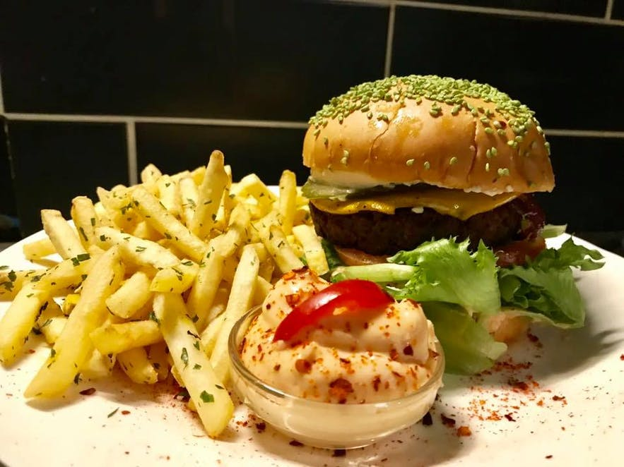 The diner style vegan burgers at Veganæs in Reykjavík are to die for but no animals had to!