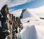 К бриллиантовым вершинам   На автобусе и ратраке на ледник Снайфелльсйёкюдль