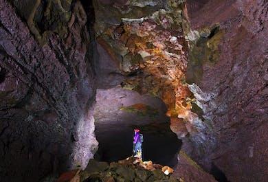 Tagestour nach Borgarfjördur | Wasserfälle, Lavahöhle, Krauma Spa