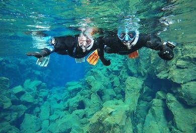 Снорклинг между континентами в Сильфре   Бесплатная подводная фотосъемка
