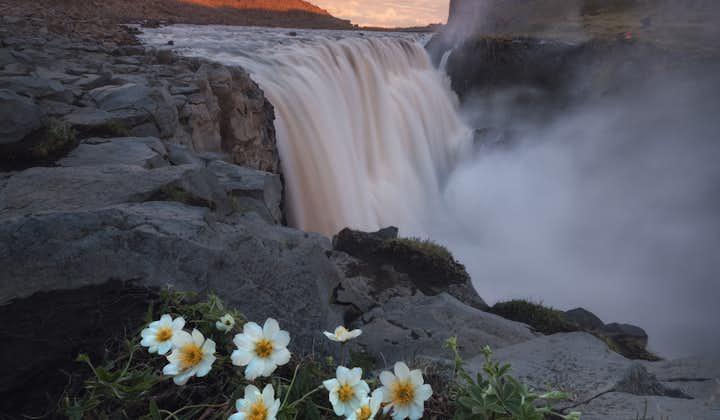 冰岛夏季环岛11日跟团自由行|一号公路小巴游+雷克雅未克