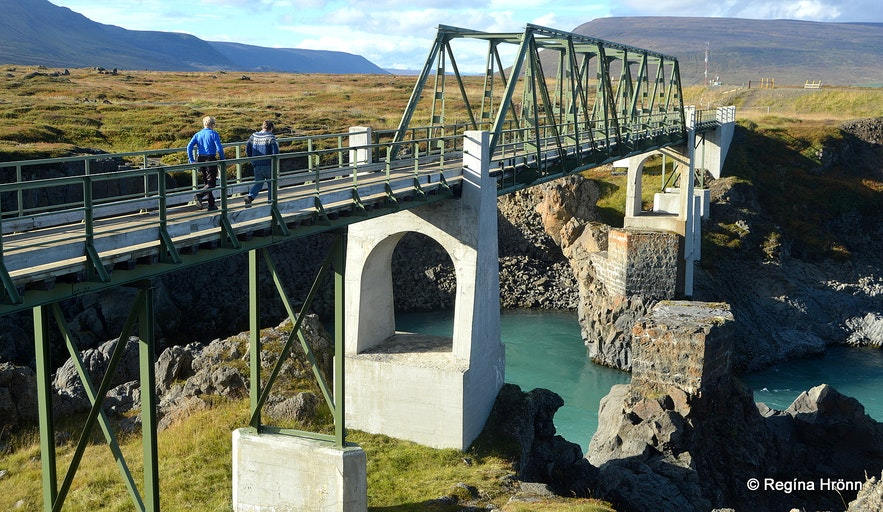 Goðafoss foot bridge - Skjálfandafljót bridge