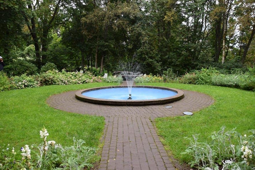 アークレイリの植物園