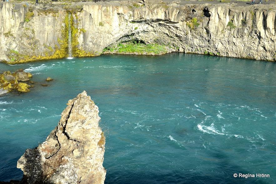 Skjálfandaljót river