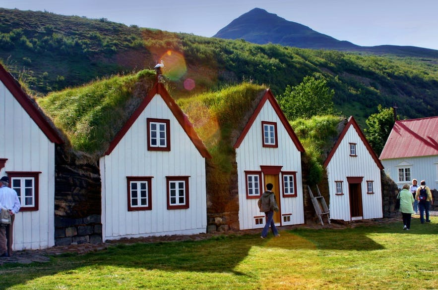 Turf homes were used as shelter by early Icelanders.