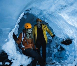 ถ้ำน้ำแข็งสีฟ้าคริสตัล   ซูเปอร์จี๊ปจากโจกุลซาลอน