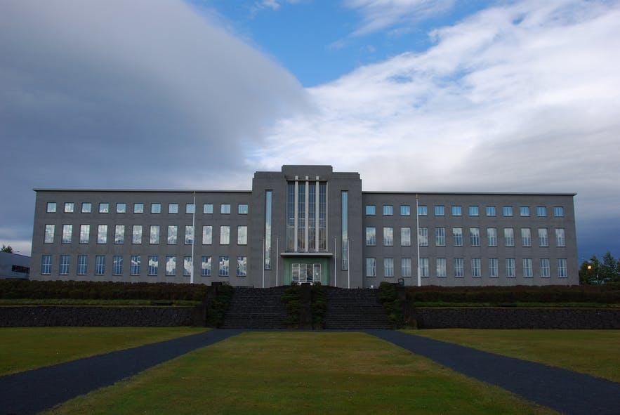 The University of Iceland main building.