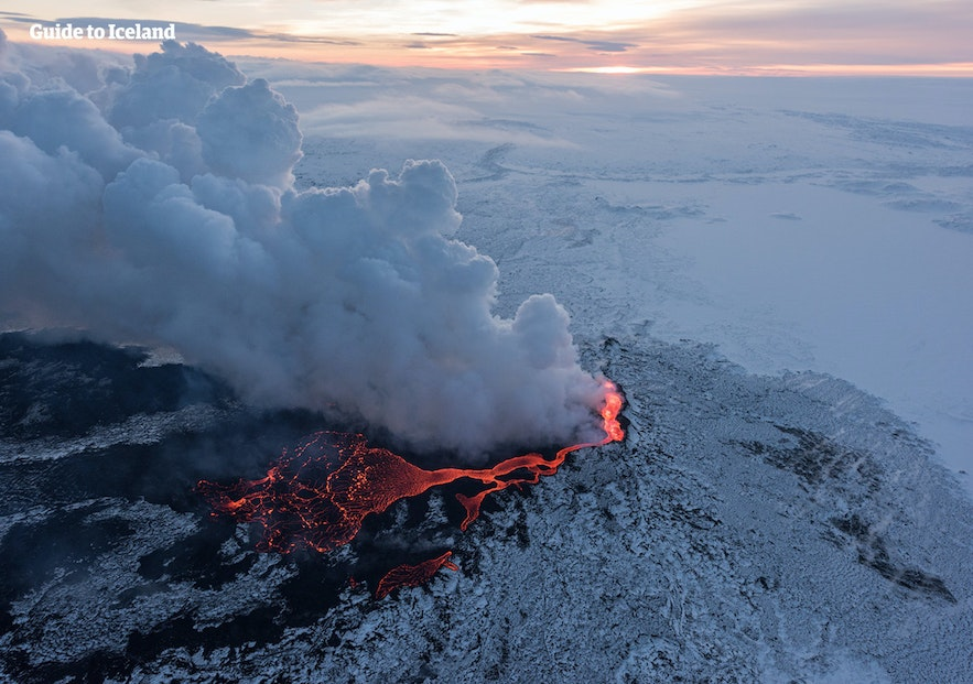 A photo of the most recent major eruption in Iceland, at Holuhraun.