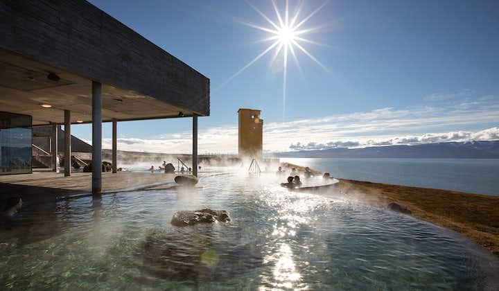 Entrada a los baños geotérmicos de Geosea en Husavik   Norte de Islandia