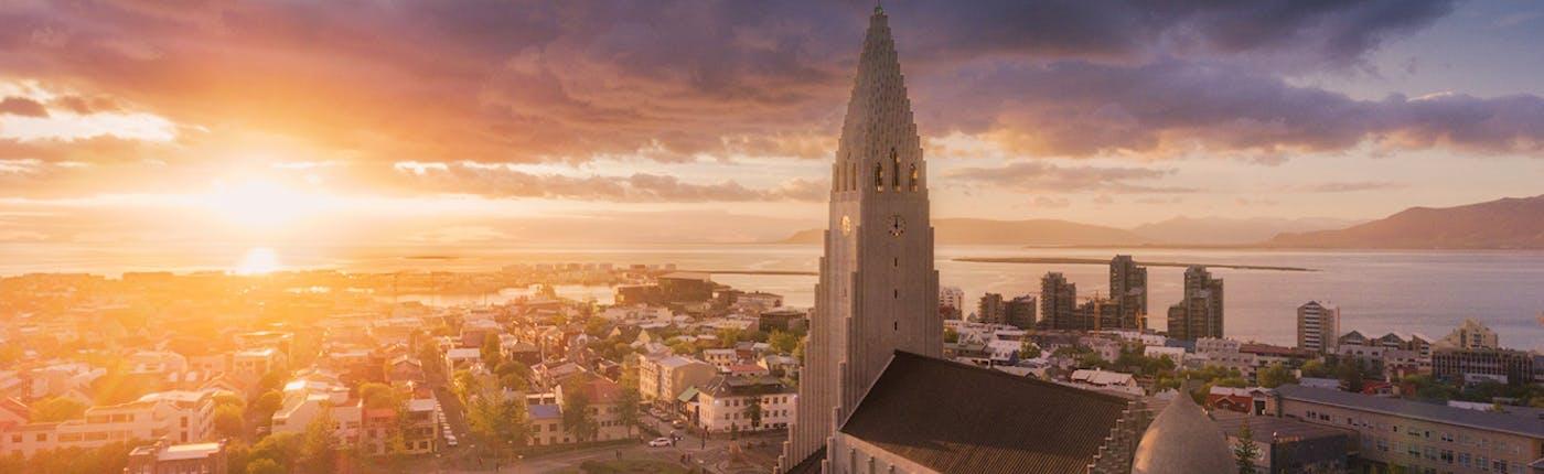 在冰島Stopover期間可以考慮深度遊首都感受地道冰島人文風情