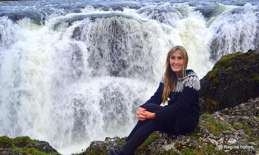 Regína by Kolufossar waterfalls