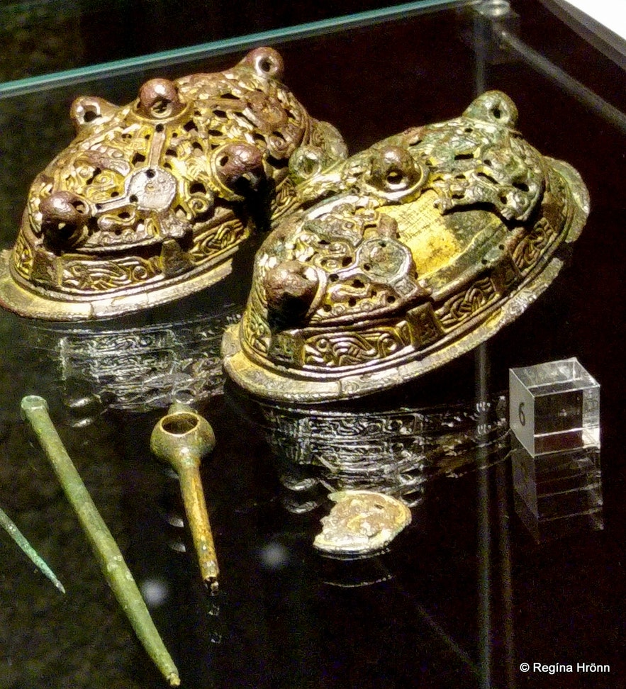 Viking broaches found at the archaeological site in Þjórsárdalur valley