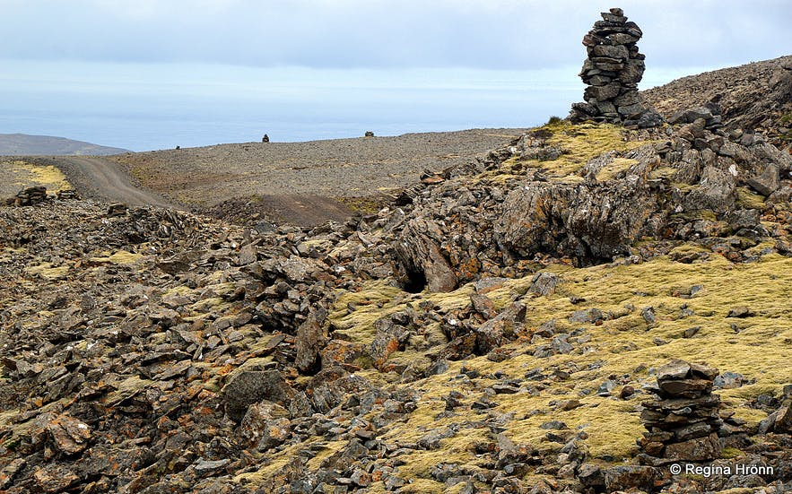 Cairns on Látraheiði heath