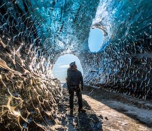 Journée d'exploration d'une grotte de glace | Petit groupe | Départ de Jokulsarlon