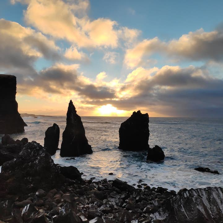 7 Hour Tour of the Blue Lagoon & Reykjanes in a Mercedes Benz Departing from Reykjavik or Keflavik