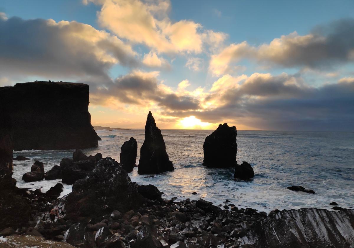 报名参加雷克雅内斯半岛+蓝湖温泉私人团,体验最极致的冰岛蓝湖之旅