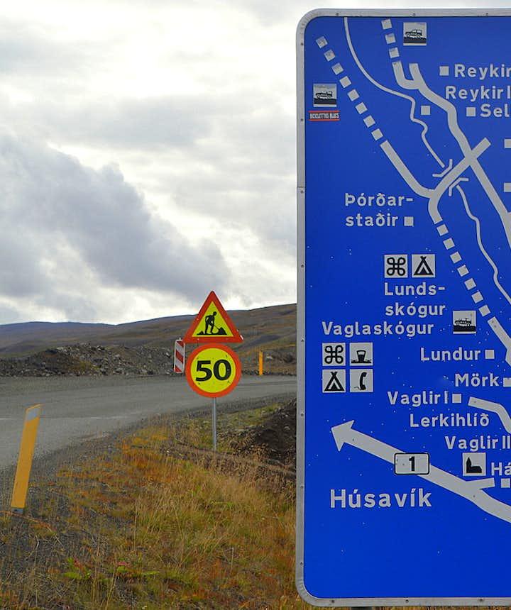The Fnjóskadalur road sign