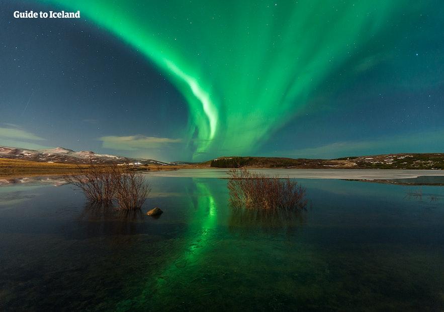冰島部分旅遊淡季的月份也是可以在冰島有機會看到北極光的極光季月份