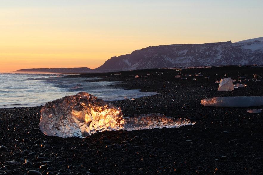 冰島南部旅遊景點——鑽石沙灘