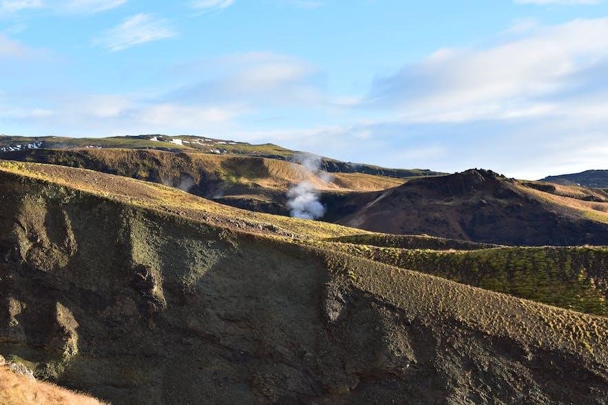 Reykjadalur das rauchende Tal in Hveragerdi