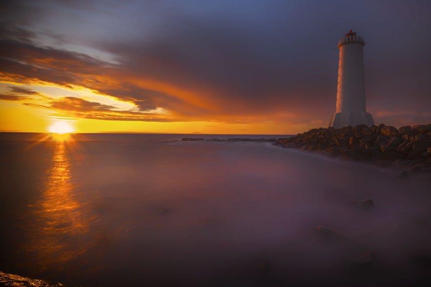 冰岛西部阿克拉内斯小镇Akranesviti灯塔