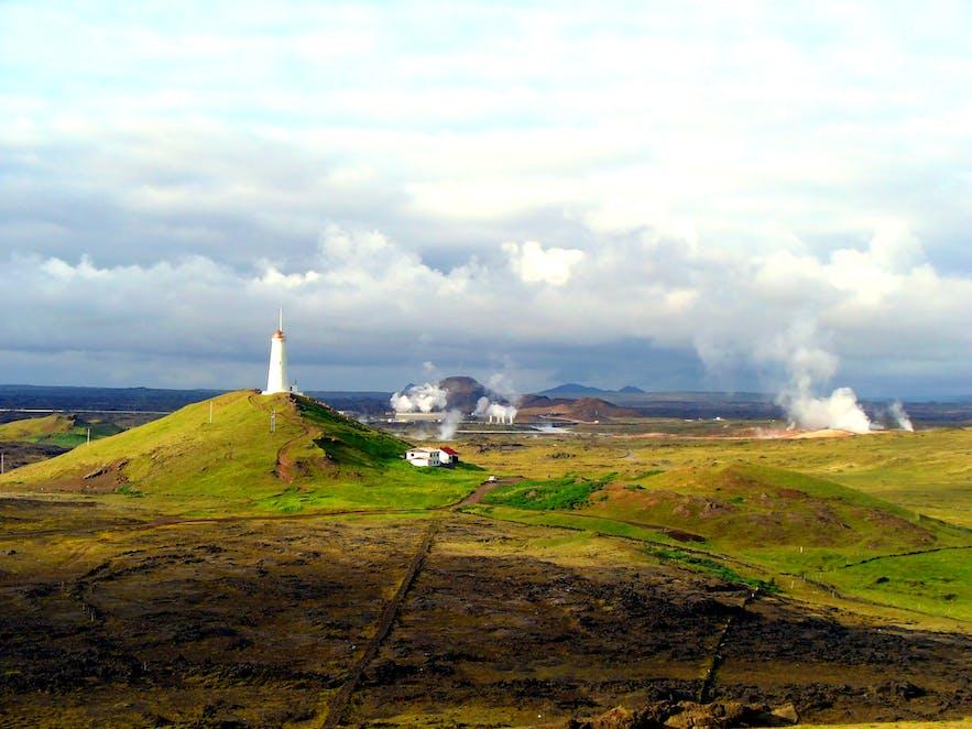 距离冰岛首都雷克雅未克不远的雷克亚内斯(Reykjanesviti)灯塔