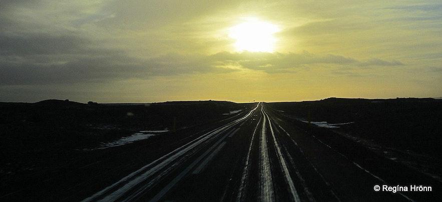 Icelandic roads in the wintertime