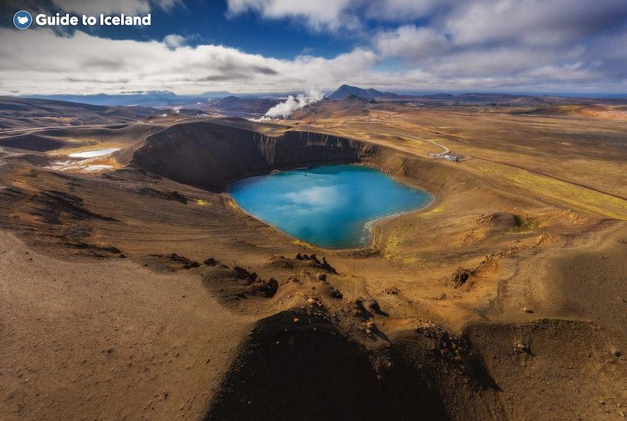 冰岛米湖viti火山口湖