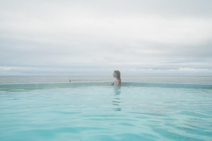 西峡湾海边泳池Krossneslaug
