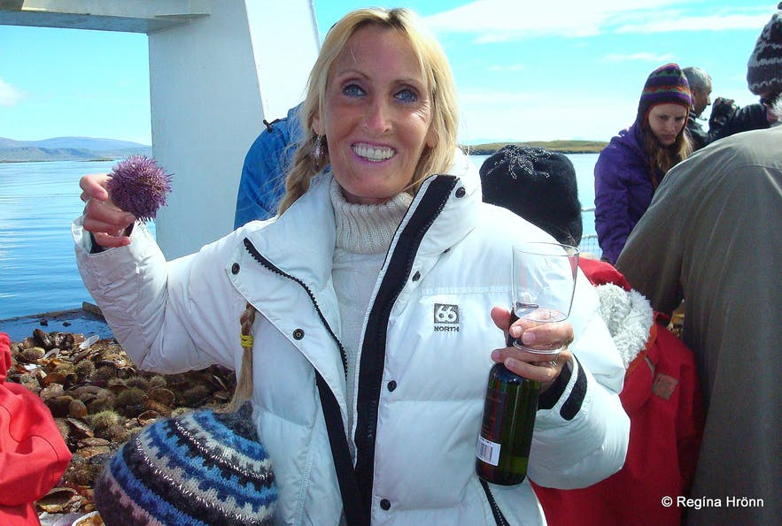 Regína Having a sip of white wine on the boat tour