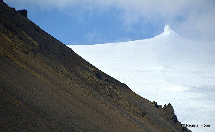 Snæfellsjökull glacier and Mt. Stapafell